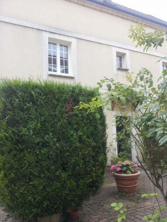 Location appartement Maurecourt 495€ CC - Photo 1