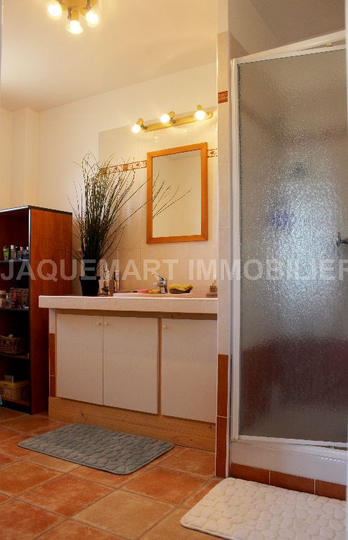 Rental house / villa Lambesc 950€ CC - Picture 8