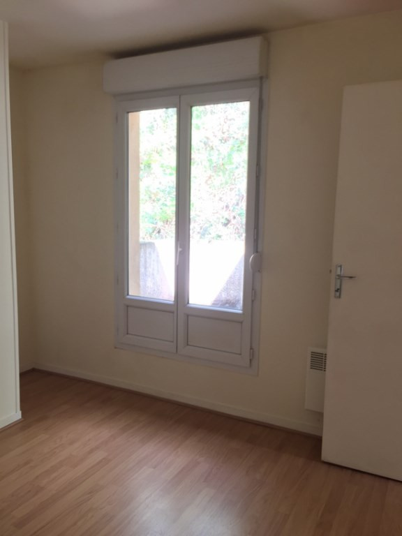 Rental apartment Buc 850€ CC - Picture 5