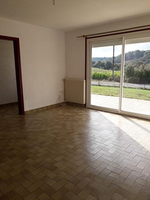 Location maison / villa Querrien 590€ CC - Photo 3