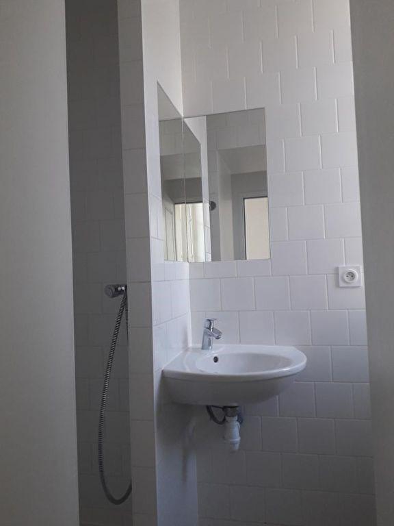 Rental apartment Quimperle 362€ CC - Picture 3