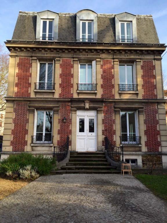 Rental house / villa Maisons laffitte 3280€ CC - Picture 1