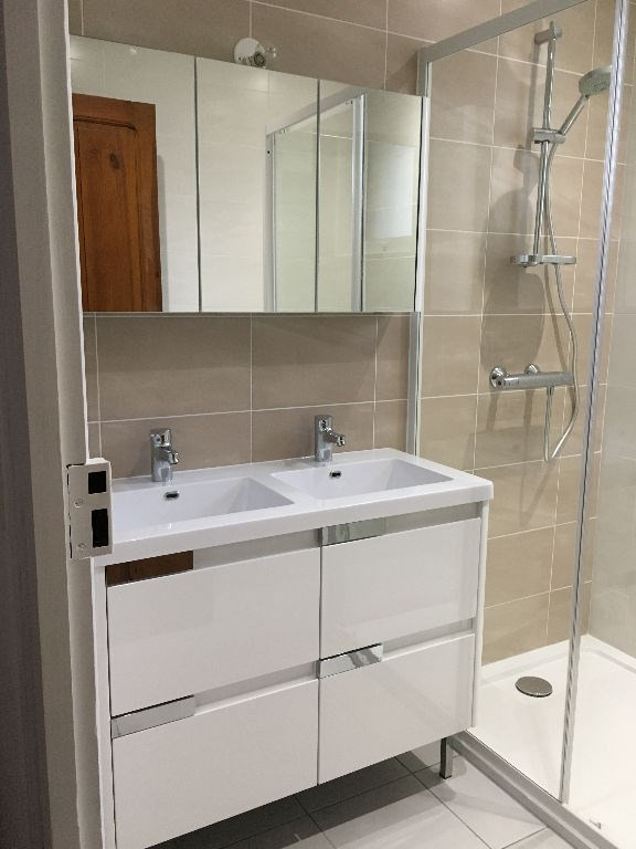 Location appartement Leon 774€ CC - Photo 2