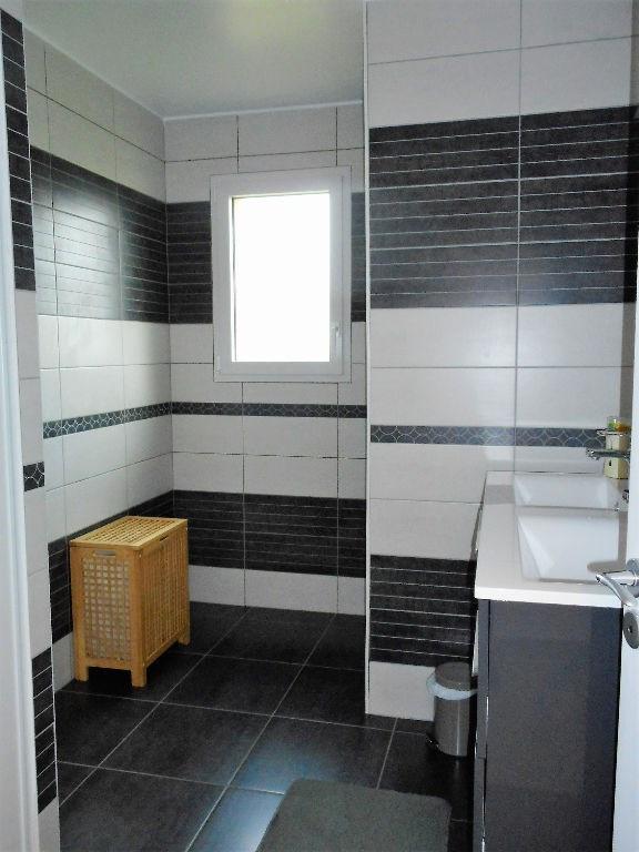 Rental house / villa Craon 760€ CC - Picture 6