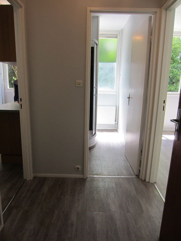 Location appartement Limoges 360€ CC - Photo 5