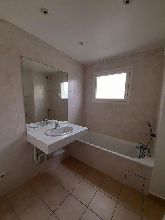 Sale apartment Annemasse 252000€ - Picture 3