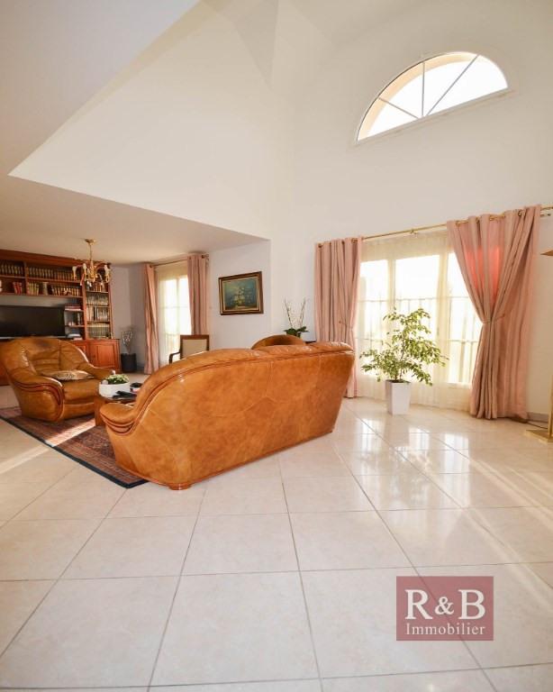 Vente maison / villa Les clayes sous bois 699000€ - Photo 2