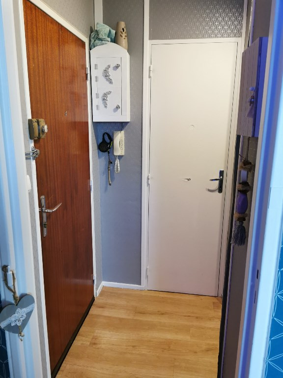 Rental apartment Saint quentin 485€ CC - Picture 8