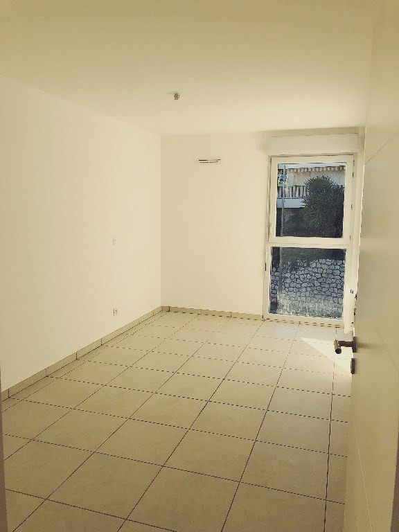 Vente appartement Saint laurent du var 285 000€ - Photo 3