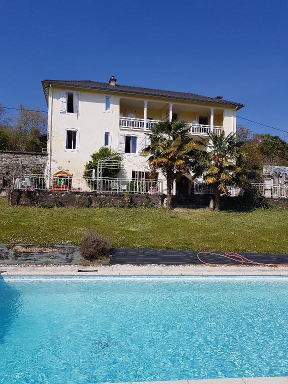 Sale house / villa Gan 272000€ - Picture 1