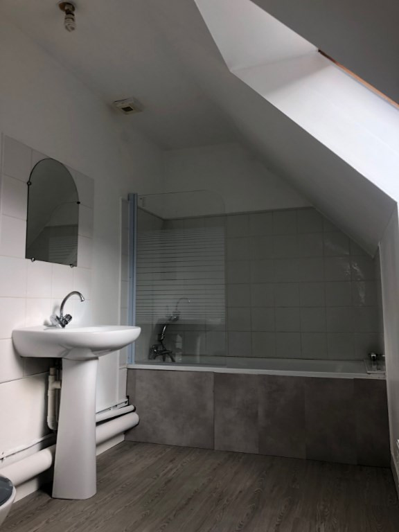 Sale house / villa Grand couronne 215000€ - Picture 11