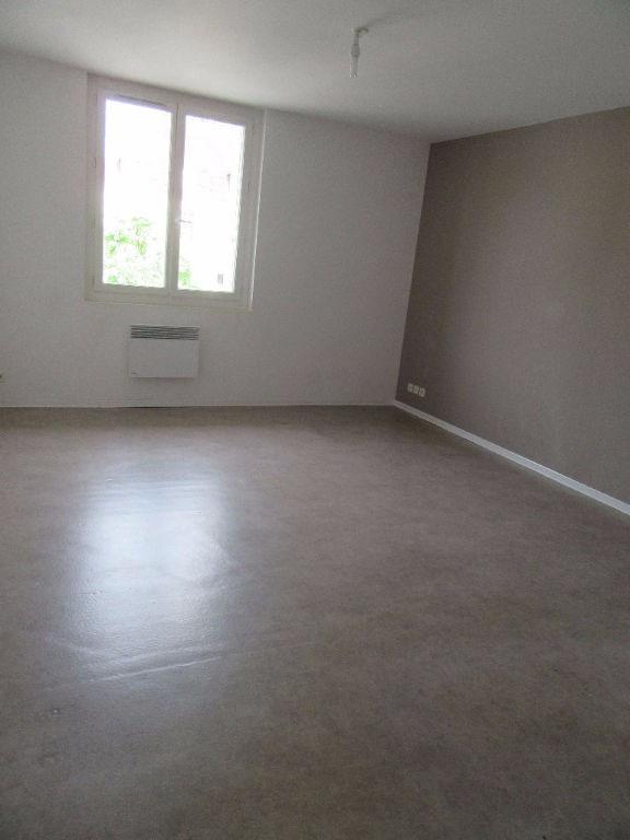Rental apartment Garlin 383€ CC - Picture 3