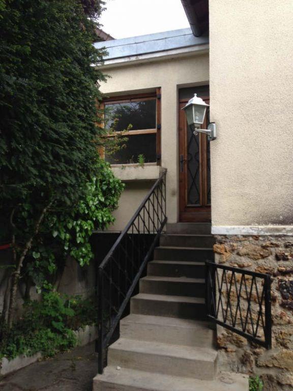 Location maison / villa Le perreux sur marne 1200€ CC - Photo 2