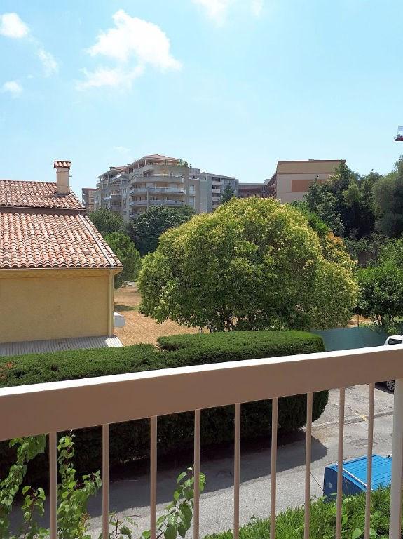 Sale apartment Saint laurent du var 185000€ - Picture 13
