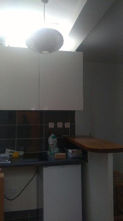 Location appartement Levallois perret 650€ CC - Photo 5