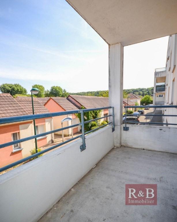 Sale apartment Plaisir 163000€ - Picture 3