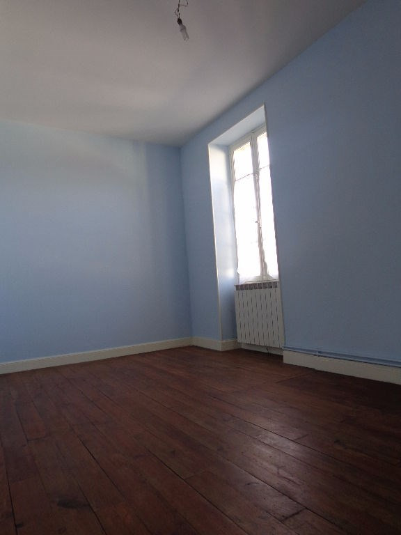 Location appartement Aire sur l adour 384€ CC - Photo 4