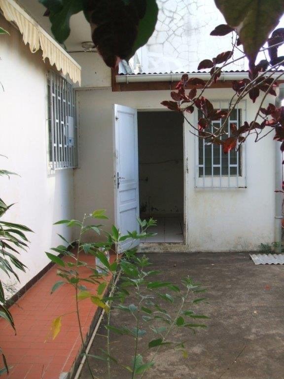 Verkoop  huis St denis 213000€ - Foto 2