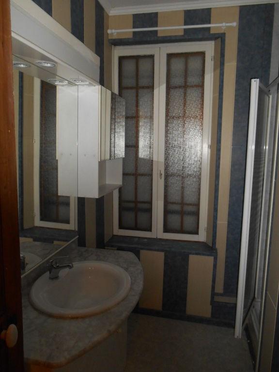 Rental house / villa Saint quentin 520€ CC - Picture 6