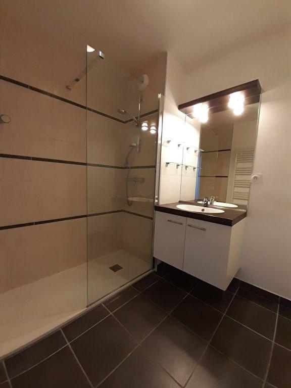 Sale apartment Bonne 220000€ - Picture 3