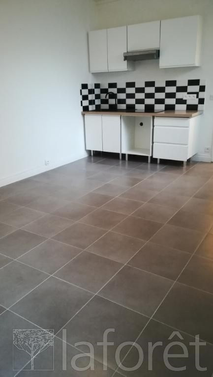 Location appartement Tourcoing 560€ CC - Photo 2