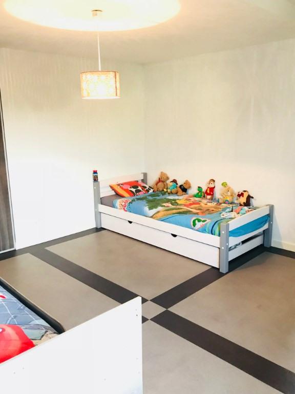 Sale house / villa Mios 265000€ - Picture 4