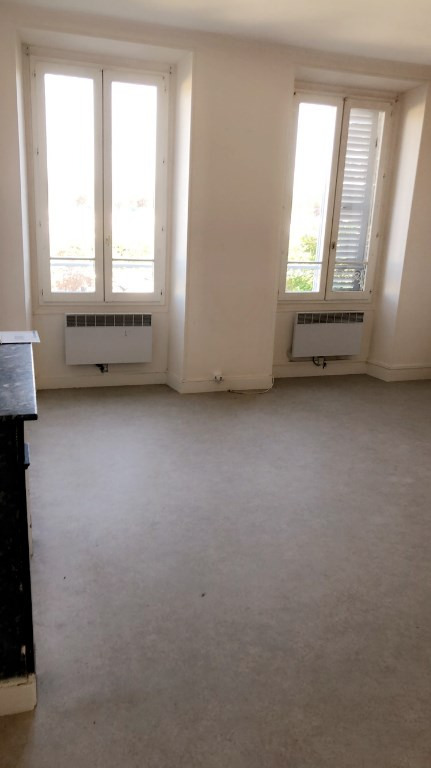 Rental apartment Carrieres sous poissy 540€ CC - Picture 2