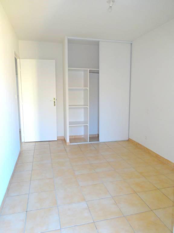 Rental apartment Avignon 504€ CC - Picture 4