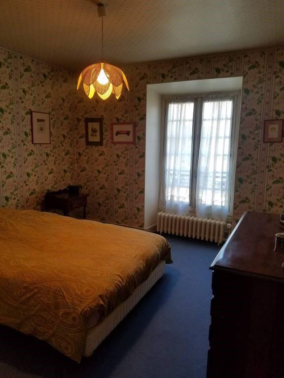 Vente maison / villa Saint-sulpice-de-favieres 345000€ - Photo 6