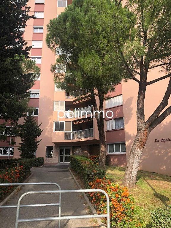 Location appartement Salon de provence 612€ CC - Photo 1