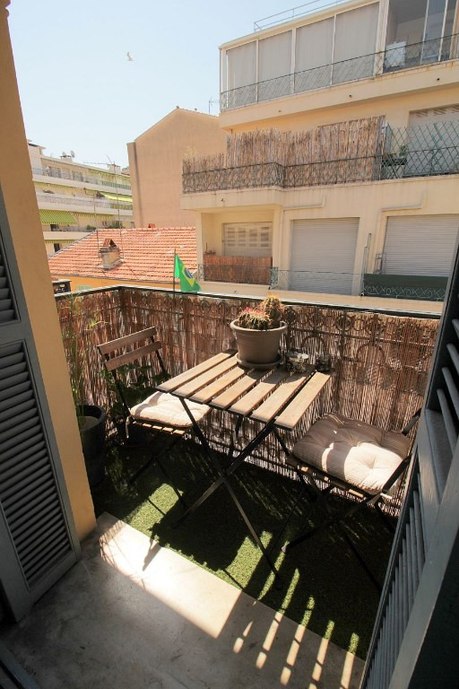 Sale apartment Nice 300000€ - Picture 5