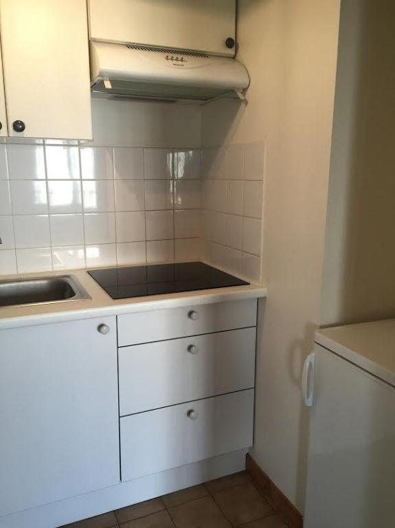 Rental apartment Issy les moulineaux 1274€ CC - Picture 4