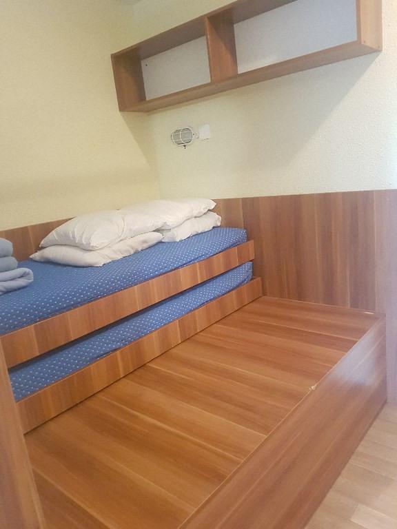 Verhuren  appartement Hyeres 453€ CC - Foto 2