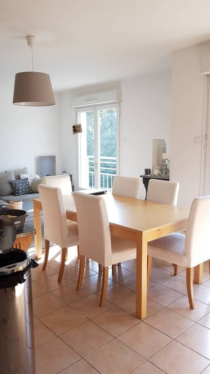 Rental apartment Les angles 733€ CC - Picture 4