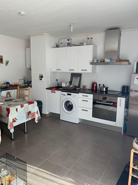 Rental apartment Maisons laffitte 854€ CC - Picture 2