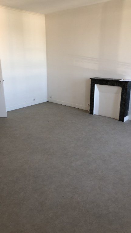 Rental apartment Carrieres sous poissy 540€ CC - Picture 3