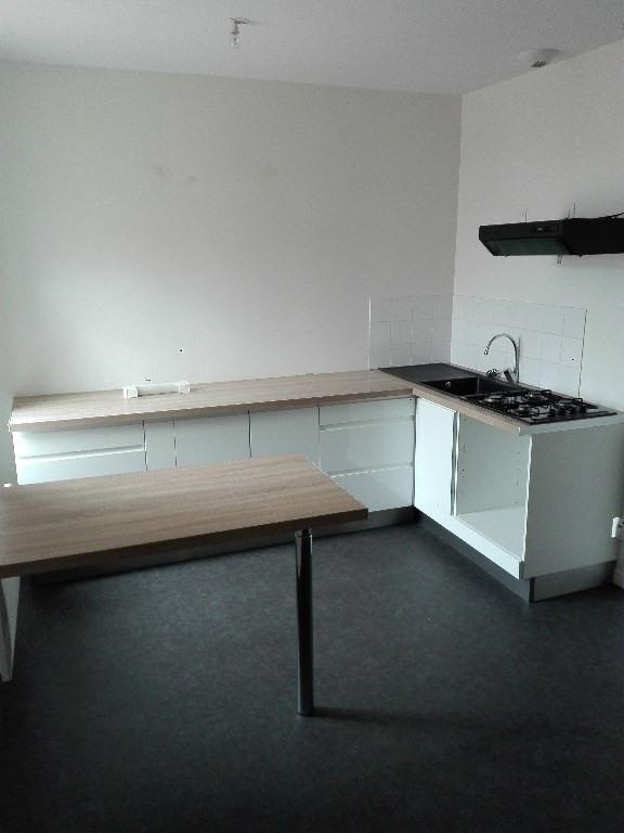 Location appartement Renescure 480€ CC - Photo 1
