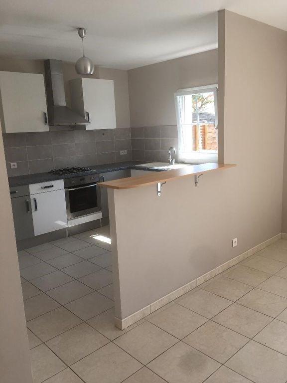 Sale house / villa Yves 254400€ - Picture 7