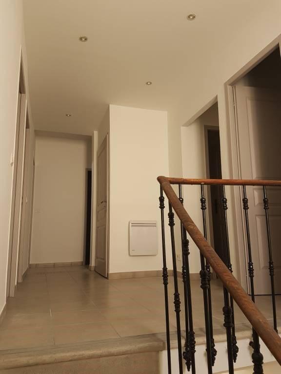 Rental house / villa Rognonas 1600€ CC - Picture 8