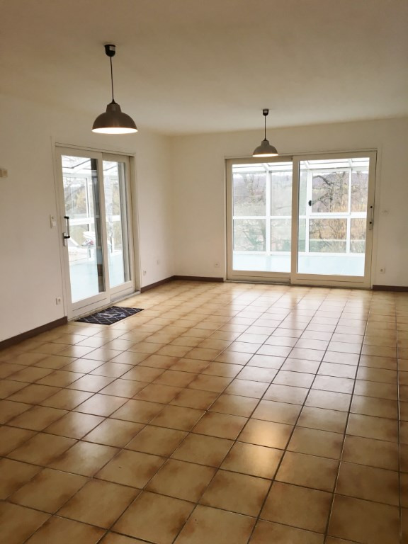 Location maison / villa Champier 895€ CC - Photo 4