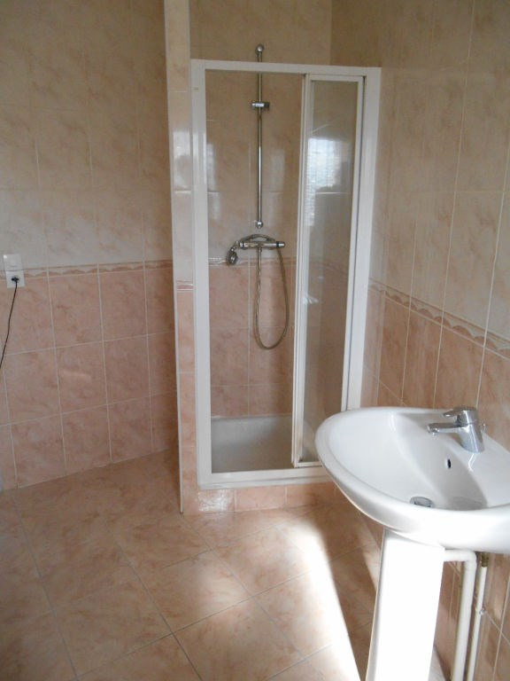 Rental house / villa Homblieres 888€ CC - Picture 7