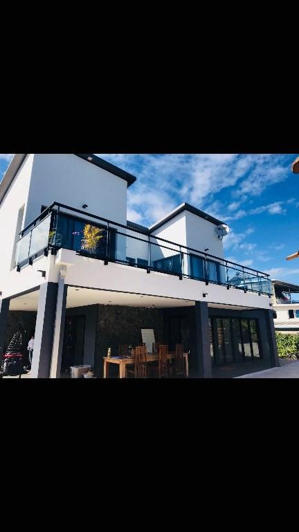 Rental house / villa Le tampon 2450€ CC - Picture 1