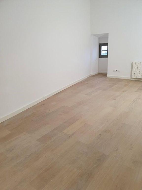 Rental apartment Meyrargues 920€ CC - Picture 12