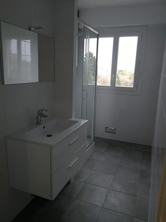Rental apartment Arpajon 830€ CC - Picture 9