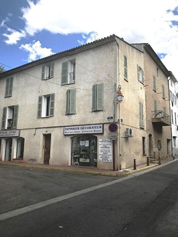 Location appartement Vidauban 440€ CC - Photo 1