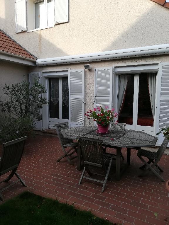 Vente maison / villa Franconville 416000€ - Photo 2