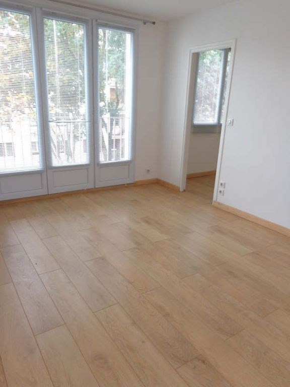 Alquiler  apartamento St michel sur orge 742€ CC - Fotografía 2