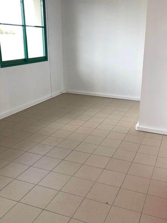 Location local commercial Chartres 250€ HC - Photo 1