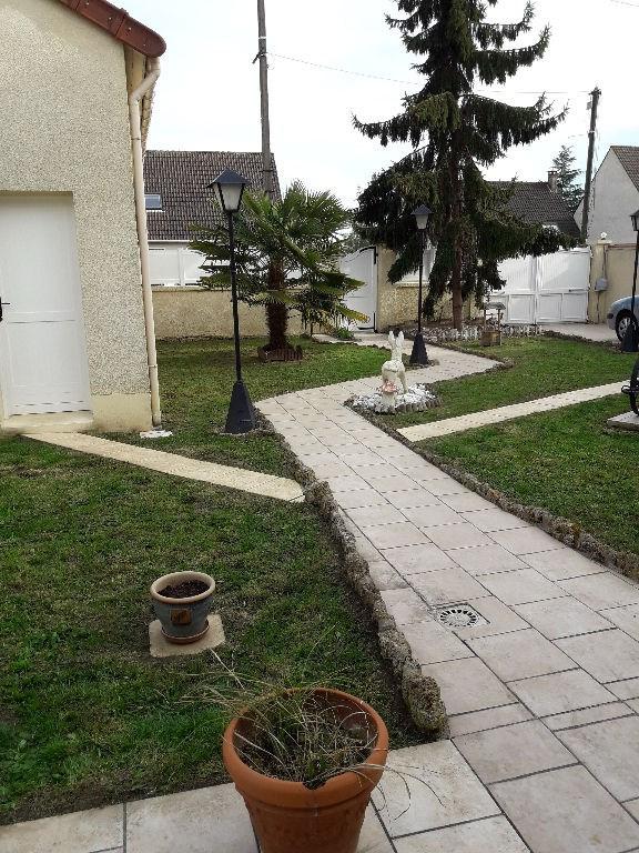Sale house / villa Carrieres sous poissy 346000€ - Picture 2
