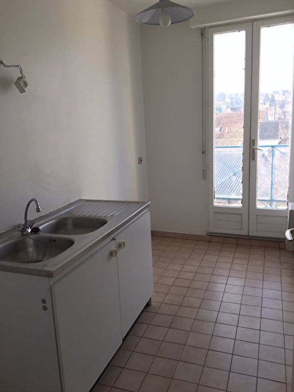 Location appartement Poissy 757€ CC - Photo 2